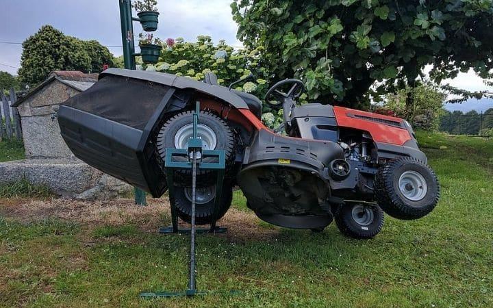 Basic lawn mower maintenance